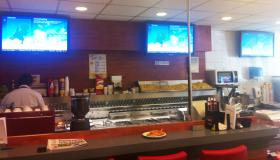 Narrowcasting bij Cafetaria De Gele Raaf